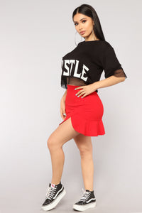 More Hustle Top - Black