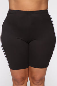 Tennis Pro Short Set - Black Angle 11