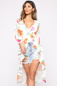 Always Good Vibes Floral Top - Taupe/Combo