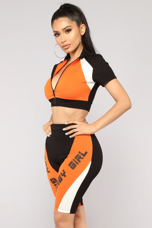 Girls Win Colorblock Set - Black/Orange