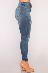 Such Great Heights Skinny Jeans - Dark Denim Angle 4