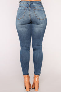 Such Great Heights Skinny Jeans - Dark Denim Angle 6