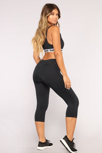 Sports Illustrated Active Capri Leggings- Black Angle 5