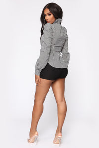 Knot Your Babe Shorts - Black