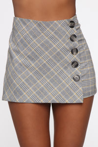 You're So Plaid Out Skort - Gold