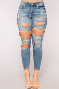 Yes That's Me Skinny Jeans - Medium Blue Wash