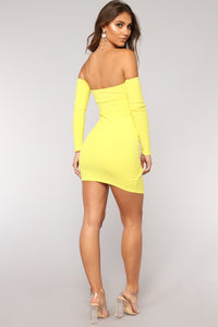 Feelin' My Vibe Midi Dress - Yellow