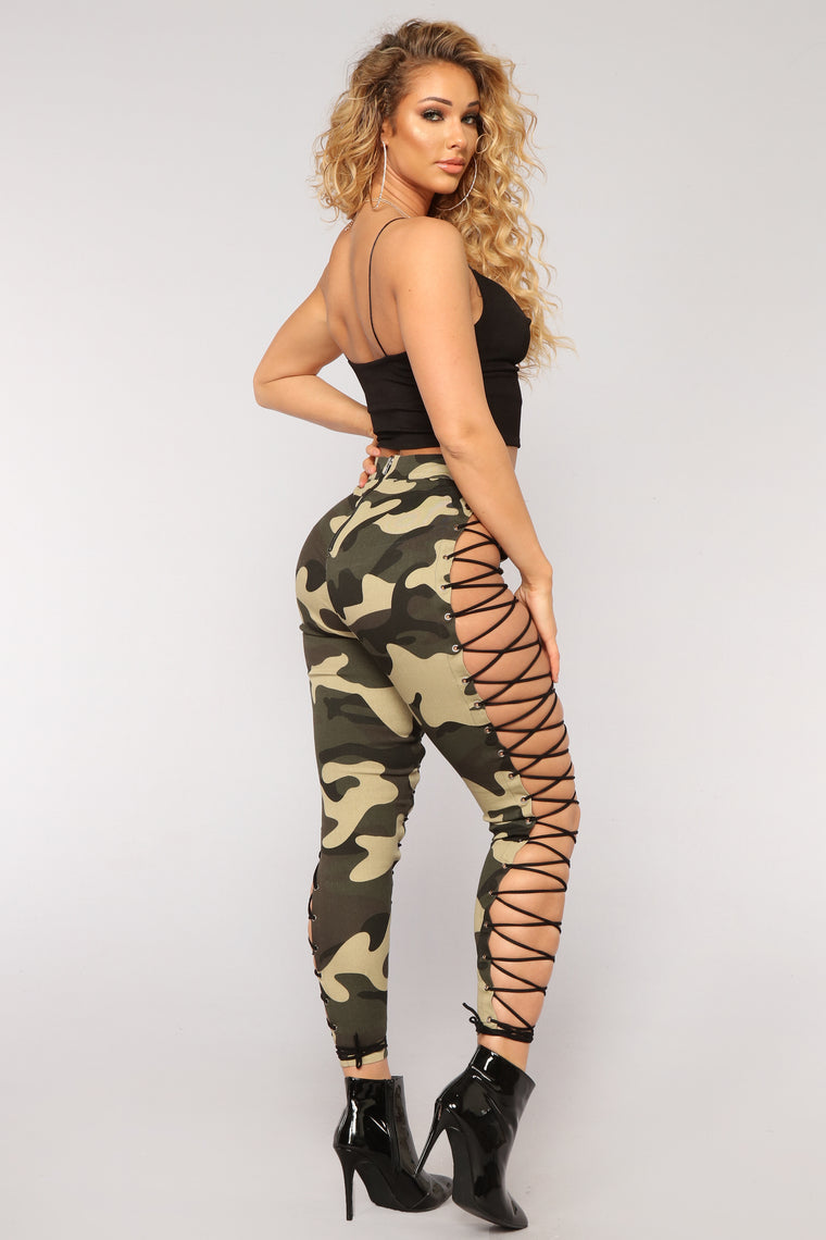 Up To Your Imagination Lace Up Camo Pants - Olive