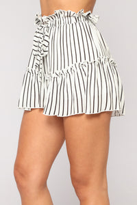 Janice Striped Woven Shorts - White/Black