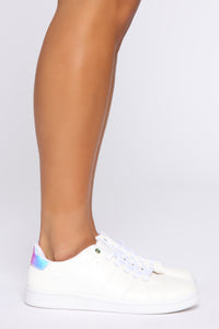 On The DL Sneakers - White/Hologram