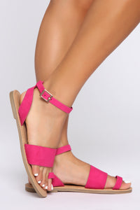 I Found You Flat Sandals - Fuchsia