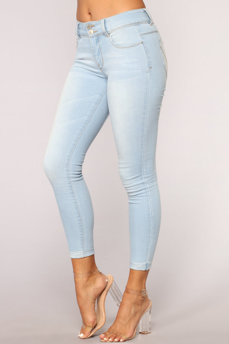 Person Of Interest Mid Rise Jeans - Light Blue Wash