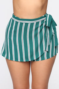 Crystal Cove Wrap Shorts - Green/Multi