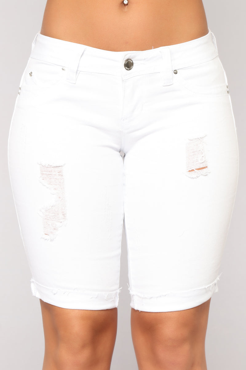 Came to Party Bermuda Shorts - White