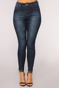 Weekend Getaway High Rise Jeans - Dark Denim