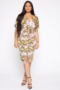 Sneakin' Into Your Heart Snake Midi Dress - Yellow/Combo
