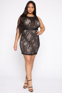 Landslide Lace Dress - Black