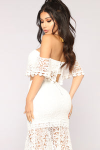 Smitten Crochet Set - White