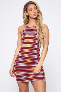 Rylie High Neck Dress - Burgundy Angle 1
