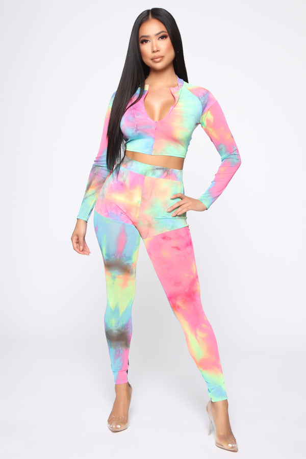8fbf132f00 Psychedelic Contrast Mesh Set - Multi