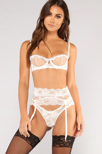 Innocent Touch 3 Piece Set - White