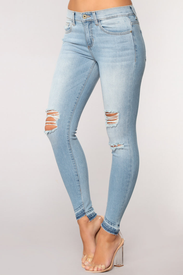 Natalie Mid Rise Distressed Jeans - Light Blue Wash