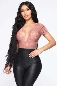 Wish You Well Lace Bodysuit - Mauve