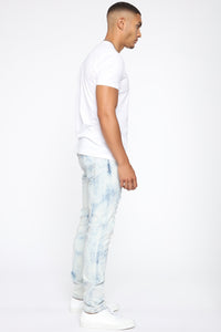 Hustlin Skinny Jean - Bleach Blue Wash Angle 4