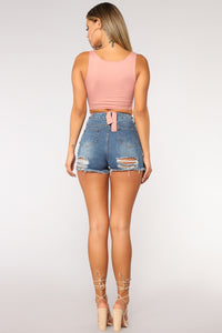 Back Side Beauty Denim Shorts - Medium Blue Wash