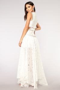 Beauty And Grace Lace Dress - Ivory
