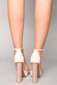 Meet Me In The Middle Heel - Nude