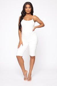 Follow The Leader Ruched Knee Shorts - White