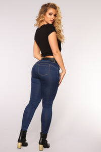 Round Of Applause Booty Shaped Jeans - Medium Dark Wash