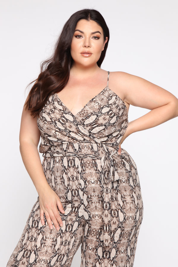 4c355928e0216 Plus Size & Curve Clothing | Womens Dresses, Tops, and Bottoms | 14