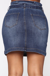 We're Cutting Ties Mini Skirt - Medium Wash
