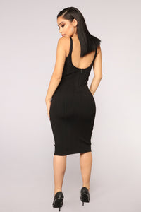 Perspective Bandage Dress - Black