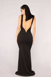 This Gown Needs A Crown Dress - Black