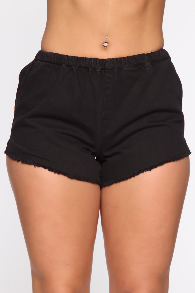 Actively Looking Shorts - Black