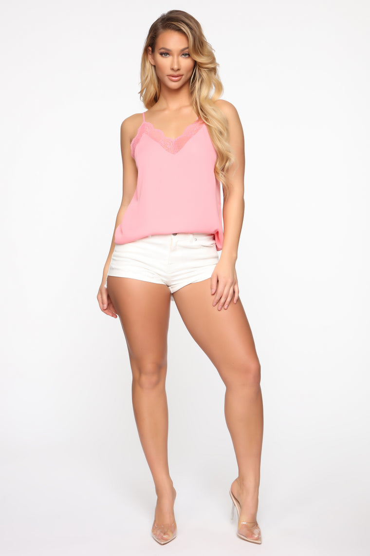 Keep It Classic Cami - Coral
