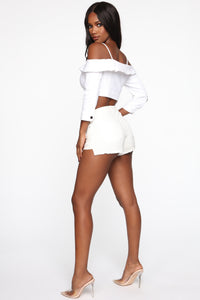 Subtle Flirtation Top - White