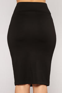 Harlee Ponte Skirt - Black