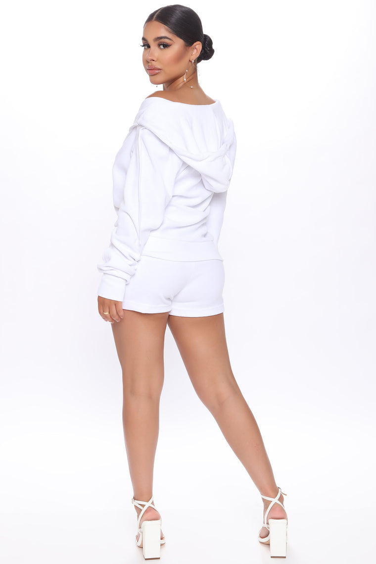 The OG Trendsetter Velour Short Set - White