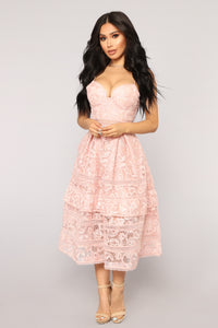 Day Time Tea Midi Dress - Blush