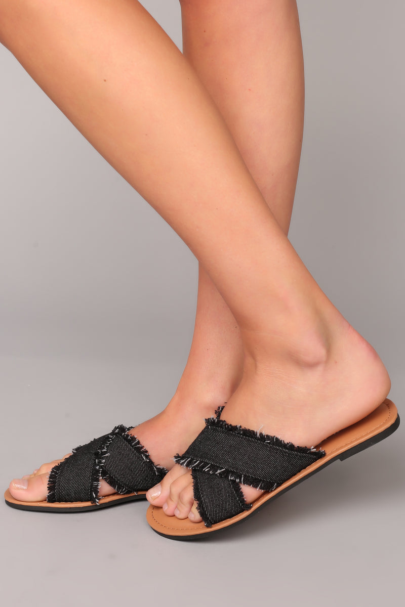 Say Fray Sliders - Black