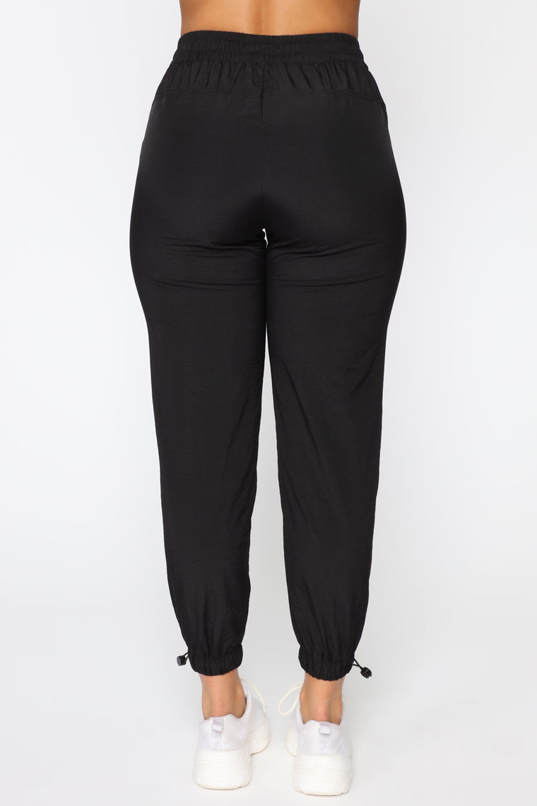 On The Go Drawstring Joggers - Black