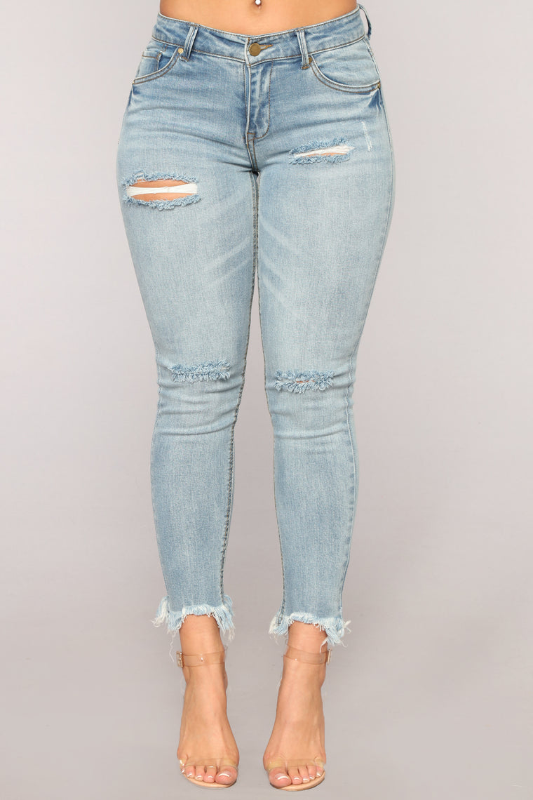Whatever It Takes Ankle Jeans - Light Blue Wash