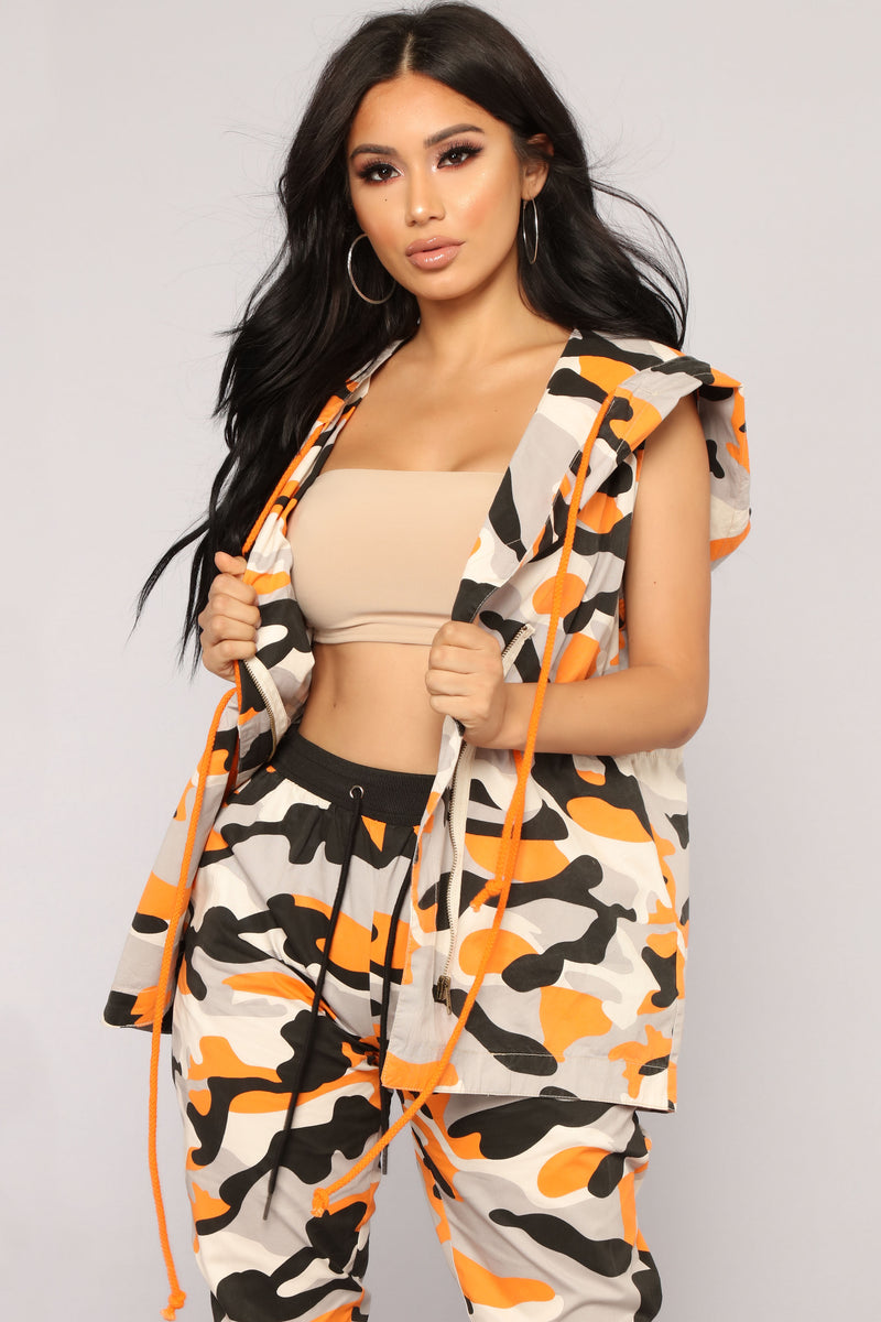 Commander In Chief Camo Vest - Orange