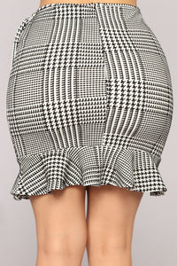 Mariposa Ruffle Skirt - Black/White