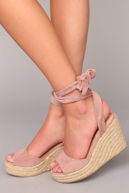 Summer Time Fine Wedge - Mauve
