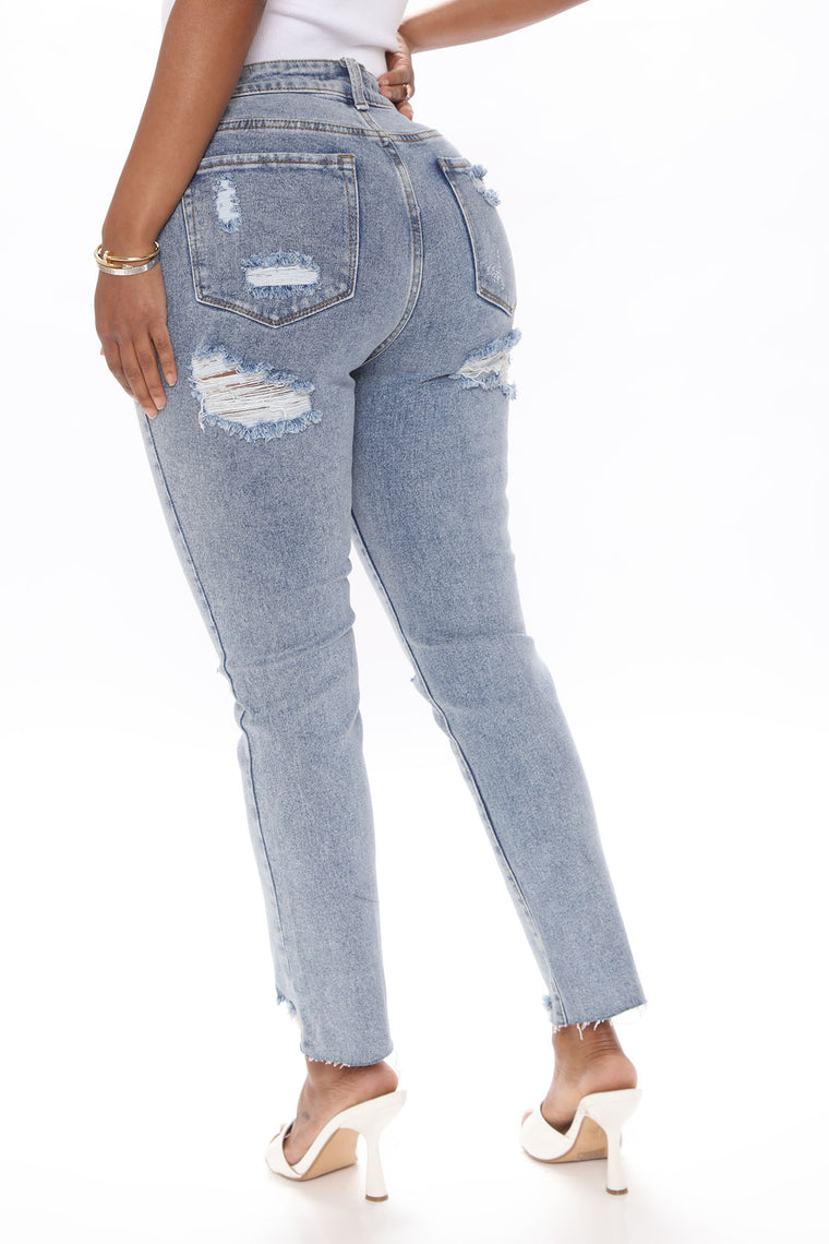 On My Way Out Straight Leg Jeans - Medium Blue Wash